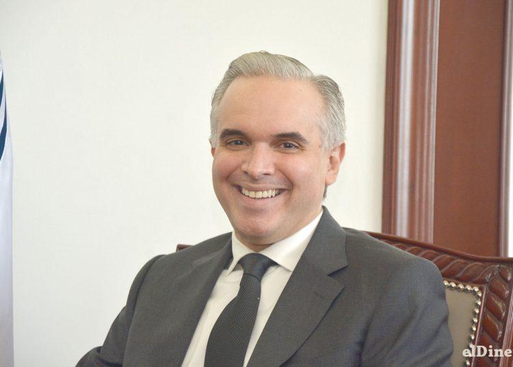 Luis Miguel De Camps García-Mella dice que generar empleos de calidad es una de las principales metas de esta administración.
