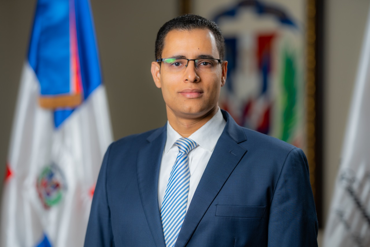 Ministro de Economia, Juan Ariel Jiménez 01 (2)