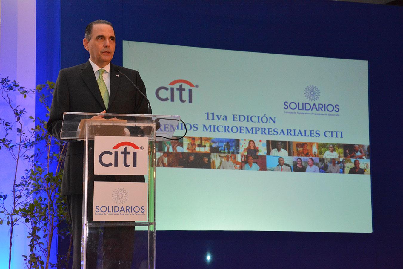Máximo Vidal es gerente general de Citi República Dominicana desde 2005. Previo a su designación en el país, ocupó igual cargo en Honduras/Nicaragua en el período 2011-2005.   Gabriel Alcántara