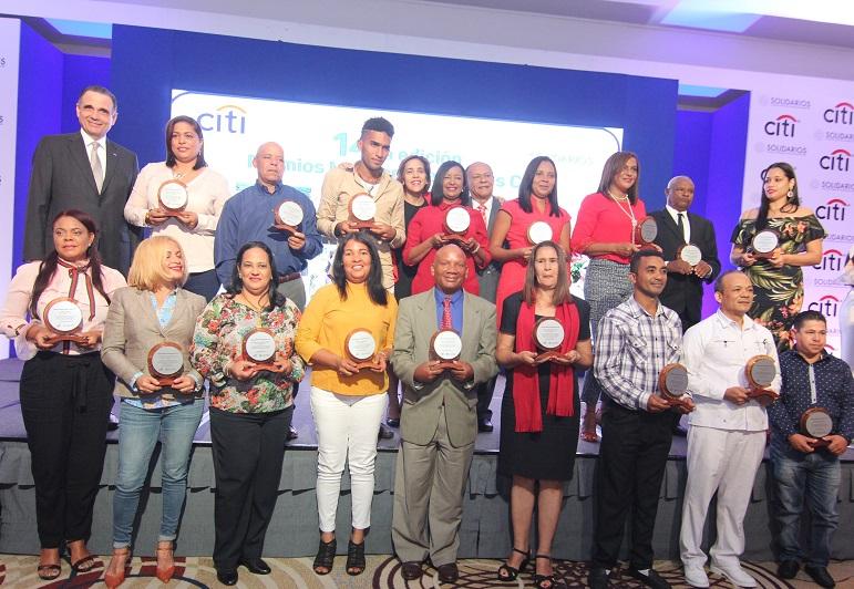 microempresarios resultaron galardonados en la 14va. edición de los premios microempresariales