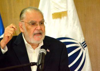 Miguel Ceara Hatton (3)