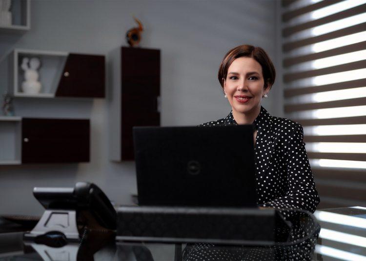 Mónika Infante es la directora general de Aeropuertos Dominicanos Siglo XXI, S.A. (Aerodom).| Cortesía