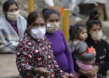 Se estima que 118 mujeres y niñas entrarán en la pobreza a raíz de la pandemia. | M. Meja, DPA.