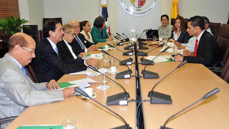 El Pacto Eléctrico tendrá que recorrer ahora un trayecto que lo llevará hasta julio, que será cuando se espera la firma./elDinero