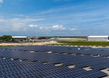 Paneles solares, Aerodom