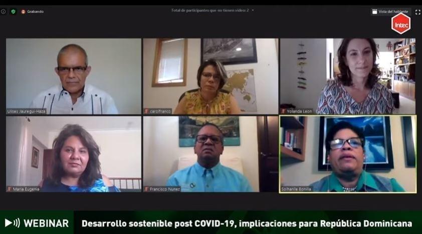 participantes del webinar desarrollo sostenible post covid 19