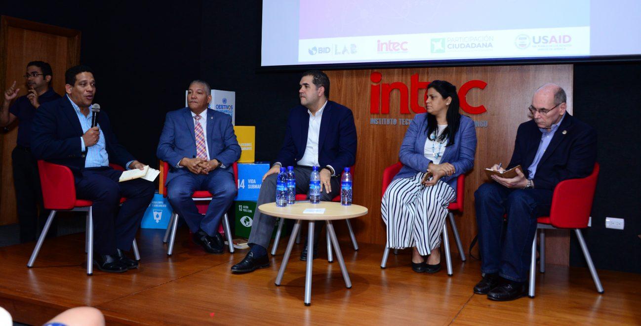 participantes en el seminario internacional gobernanza territorial y datos abiertos