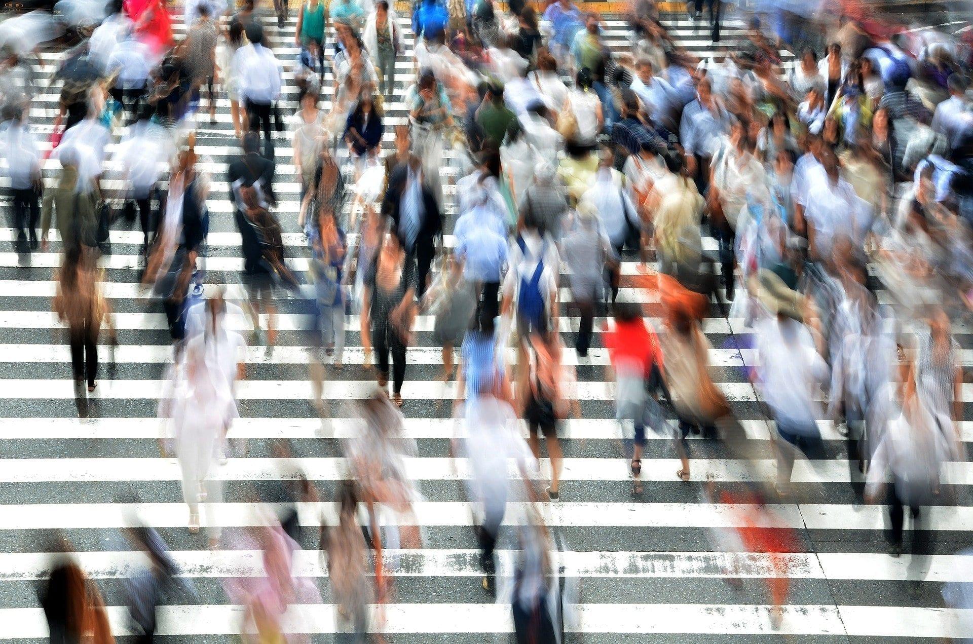 pedestrian, aglomeración, personas, desconfinamiento, brian merrill