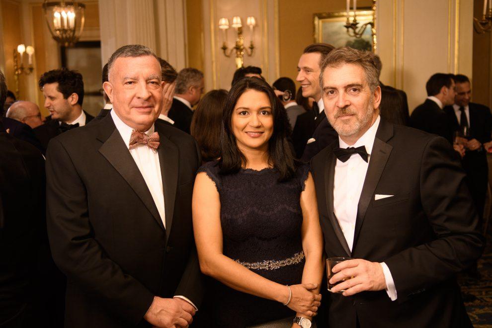 pellerano & herrera ricardo pellerano y lucy objío junto a paul ptaschne, director de desarrollo de negocios de las américas de iflr.