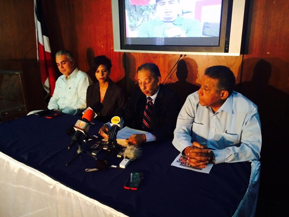 Roberto Cavada, Amelia Deschamps, Huchi Lora y Juan Bolivar Díaz./elDinero