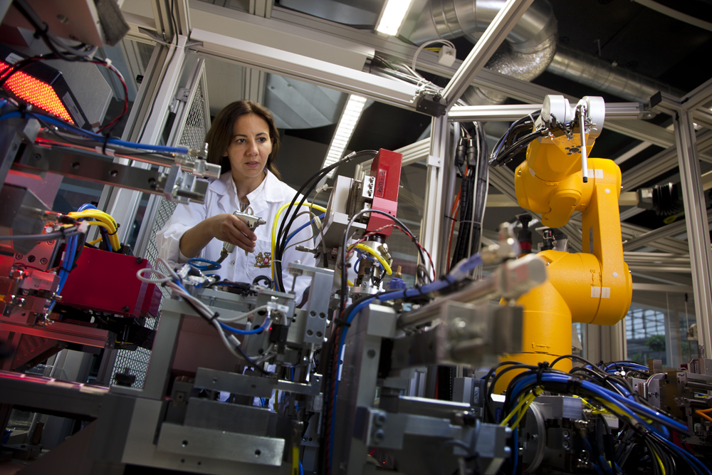 philip morris international scientist female