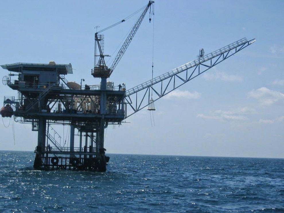 plataforma marítima petrolera