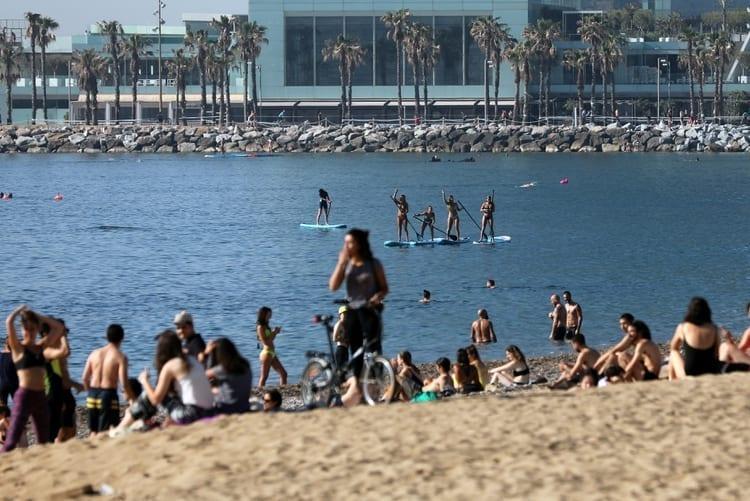 playa de la barceloneta, barcelona, turismo Españadesconfinamiento