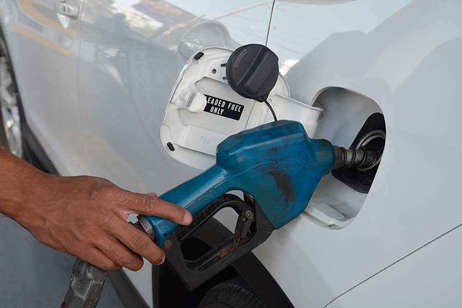 Cada vez son más las personas que optan por instalar un equipo de GLP a sus vehículos con el propósito de ahorrar dinero. | Lésther Alvarez