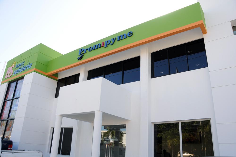 El programa Banca Solidaria es dirigido por Promipyme y va dirigido a micro y pequeños empresarios.