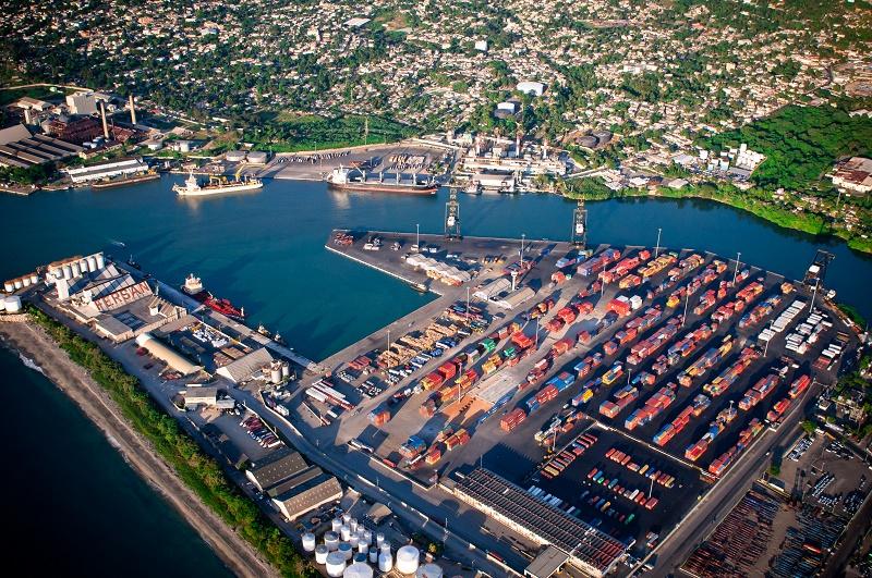 Haina Oriental se mantiene como el puerto lider por la cantidad de carga que maneja./elDinero