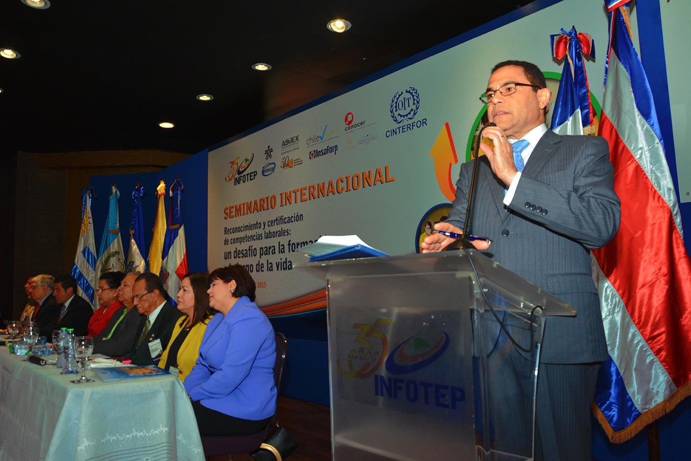 Rafael Ovalles, director general del Infotep.  Gabriel Alcántara
