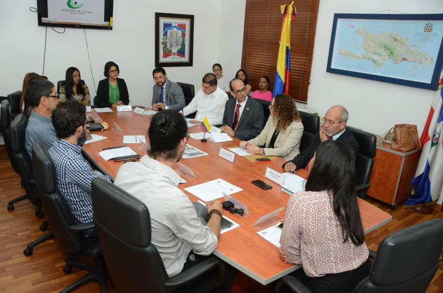 representantes de instituciones involucradas en el proyecto.