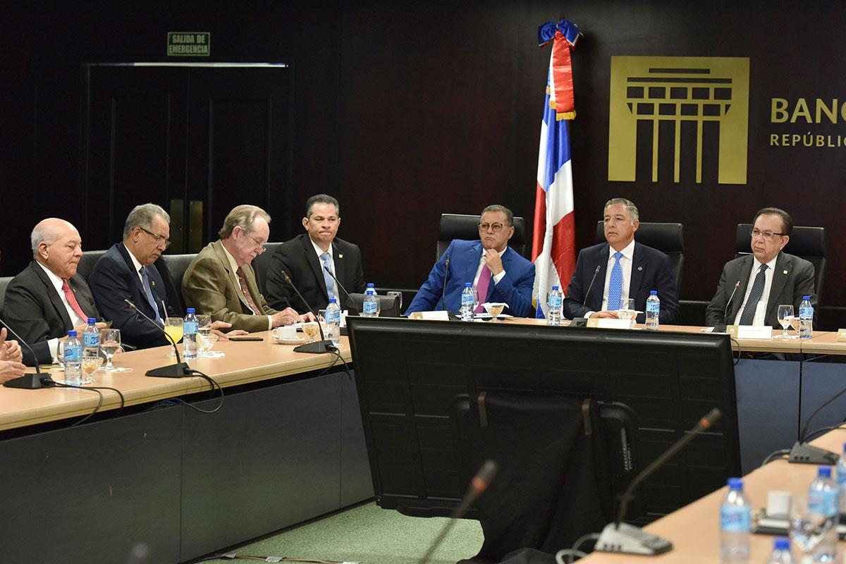 reunion banco central hacienda aba