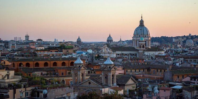 Roma, Italia.   Unsplash.