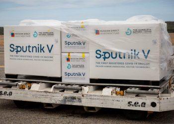 Rusia no tiene capacidad para satisfacer la demanda internacional de la vacuna anticovid Sputnik V, admitió hoy el portavoz del Kremlin, Dmitri Peskov. |  Rayner Peña R., EFE.