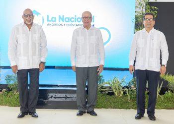 Francisco E. Melo Chalas, Dr. Freddy A. Reyes Pérez y Gustavo Zuluaga Alam