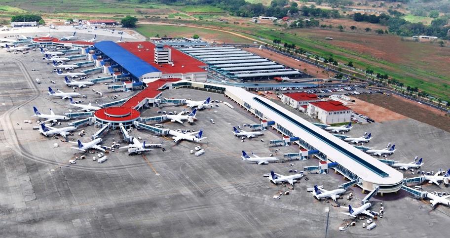 En promedio unos 30,000 pasajeros transitan diariamente por el Aeropuerto de Tocumen