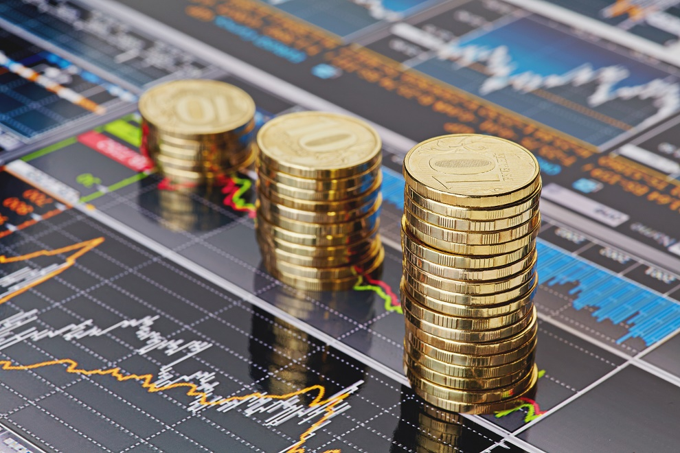 La baja rentabilidad del dinero, con tipos incluso negativos en países como Dinamarca, genera un exceso de liquidez.