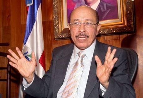 Temístocles Montás, ministro de Economía, Planificación y Desarrollo.