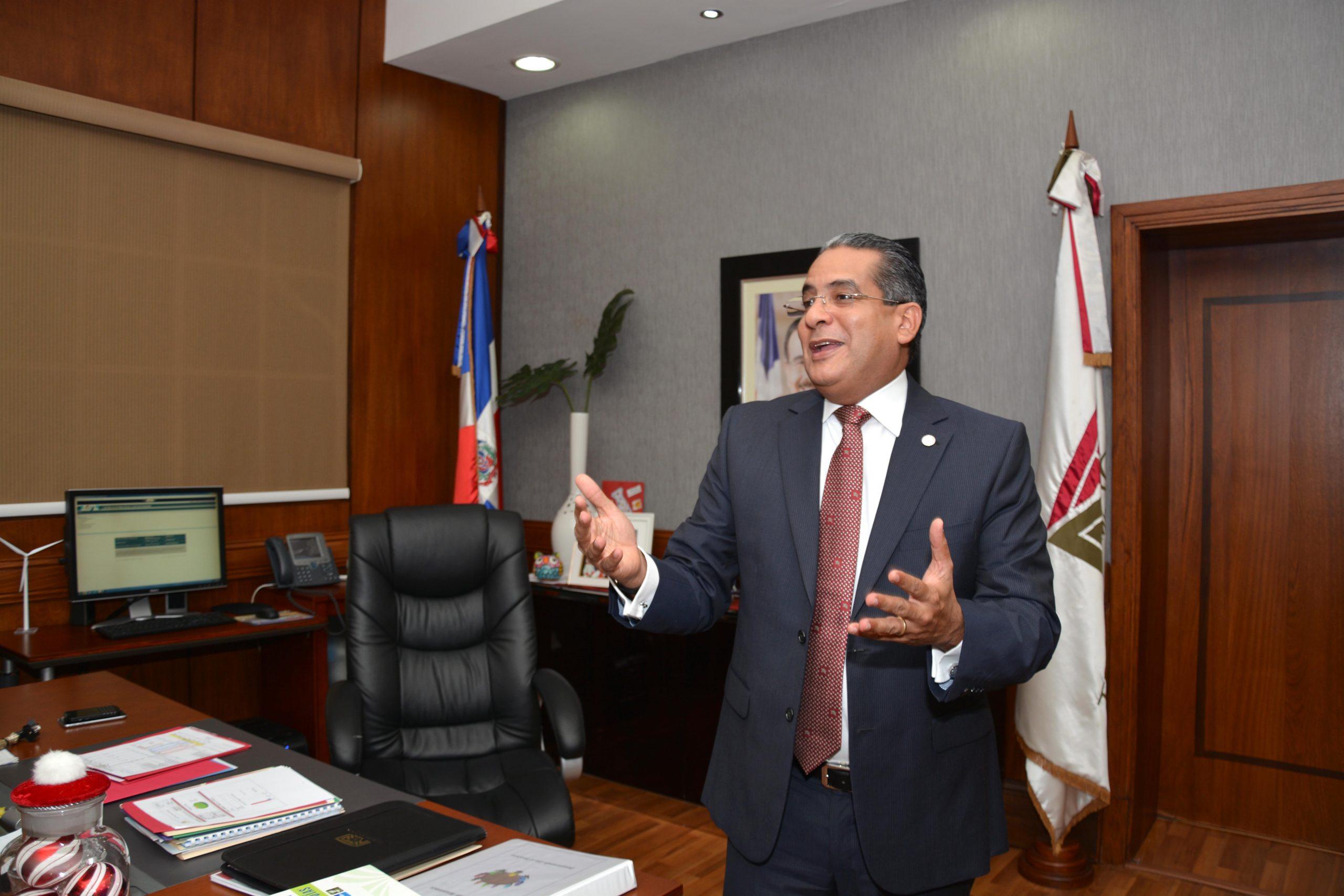 Alberto Perdomo Piña, titular de la Tesorería Nacional. | LÉSTHER ÁLVAREZ