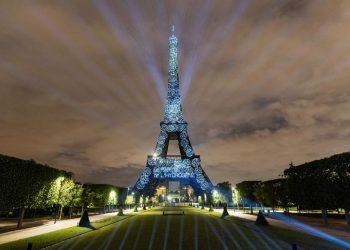 Torre Eiffel, iluminada con hidrógeno renovable.