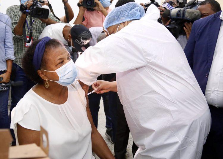 Vacunación de maestros