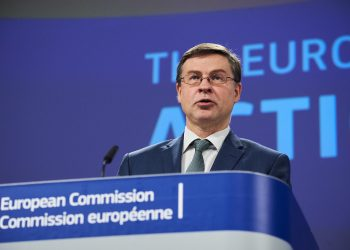 Valdis Dombrovskis, Comisión Europea