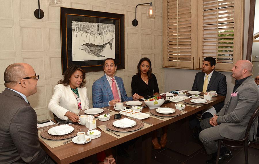 Los ejecutivos de Adoexpo participaron en el Desayuno Financiero de elDinero.