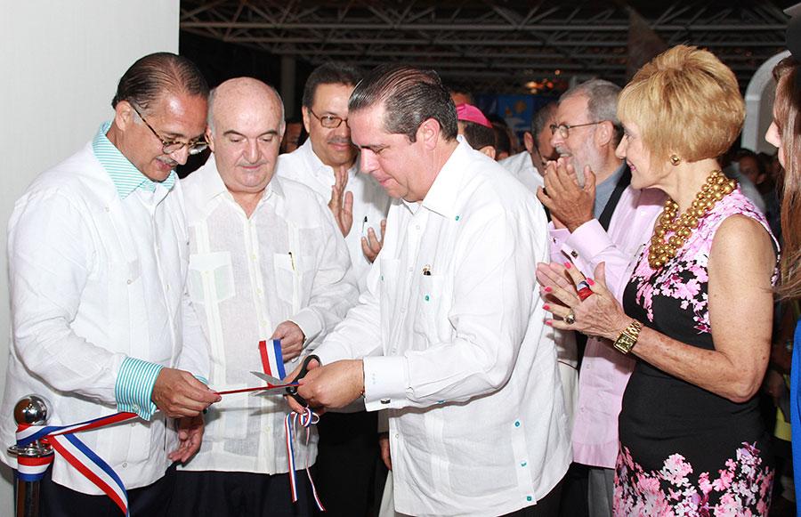 El ministro de Turismo, Francisco Javier García, participó activamente en la feria de Asonahores 2015.