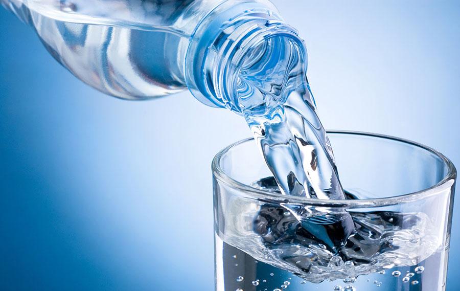 """La directora general de la Organización de las Naciones Unidas para la Educación, la Ciencia y la Cultura (Unesco), Audrey Azoulay, advirtió de que el agua es """"un oro azul"""" al que no tienen acceso 2,200 millones de personas en todo el mundo."""