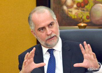 Alejandro Fernández Whipple fijó entre sus metas estratégicas continuar con el fortalecimiento de la estabilidad financiera.   Lésther Álvarez