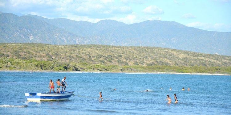 Aunque Azua cuenta con grandes recursos y vocación turística, hace falta una adecuación de los destinos para tener una oferta inimitable.   Lésther Álvarez