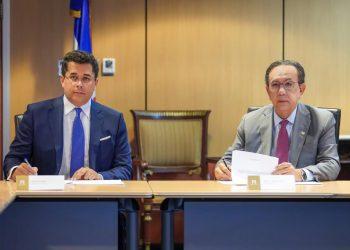 David Collado y Héctor Valdez Albizu.