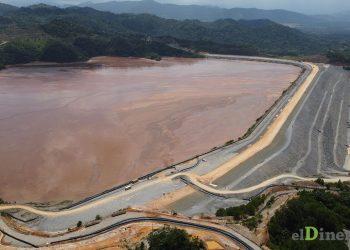En la actualidad la capacidad de la presa de cola El Llagal es de 110 millones de metros cúbicos (m³). La capacidad máxima es de 200 millones de m³. | Omar Marte