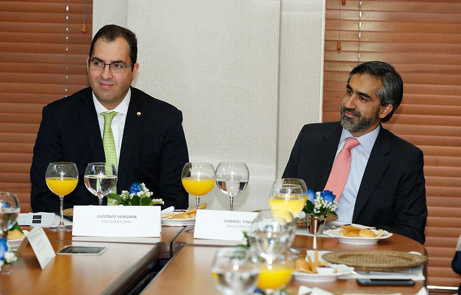 Gustavo Vergara y Gabriel Tineo, gerentes generales de Fiduciaria BHD y BHD Fondos.