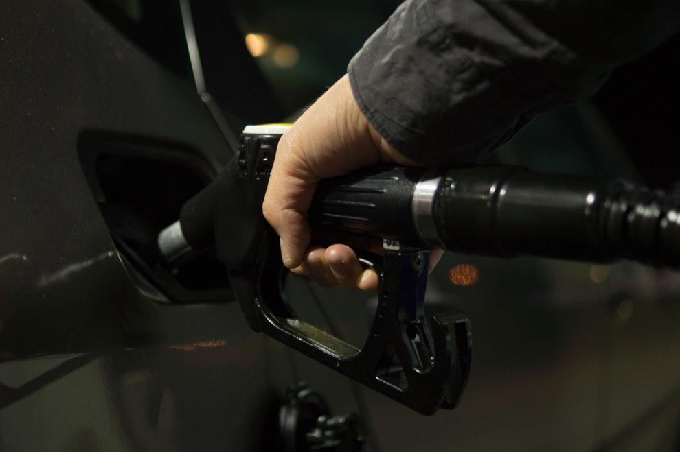 car refill transportation gas 9796 (1)