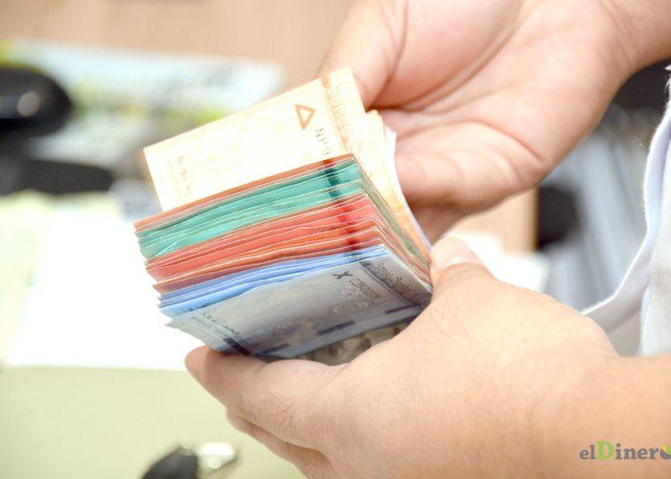 La deuda interna dominicana aumentó 23.5% en 2020, al pasar de US$20,361.8 millones a US$25,4271 millones. | Lésther Álvarez