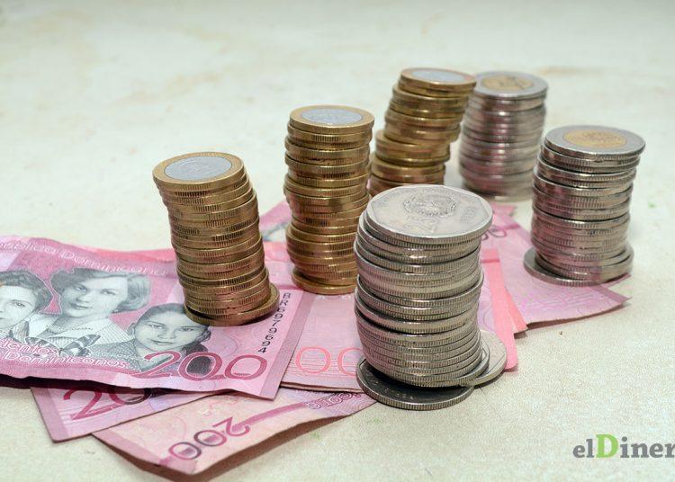 Durante los primeros cinco meses de 2021, mayo es donde se registra menos deuda a la banca privada. | Lésther Álvarez
