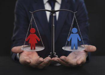 Las mujeres en altos puestos de dirección aumentan la productividad y ganancias de las empresas. | istockphoto.com