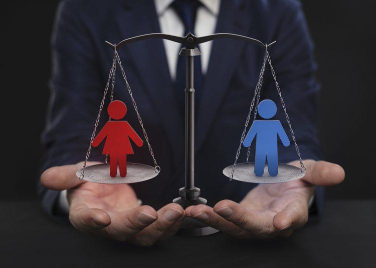 Las mujeres en altos puestos de dirección aumentan la productividad y ganancias de las empresas.   istockphoto.com