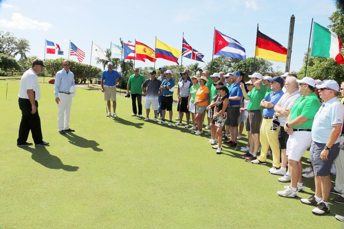 golf divisas turismo