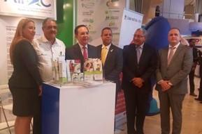Participación de ejecutivos de AIRAC en la Semana Financiera junto a Héctor Valdez Albizu.