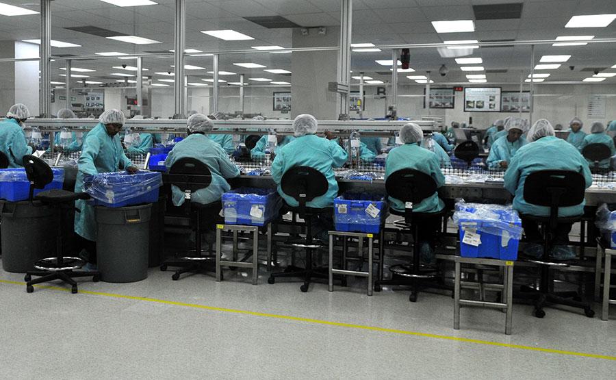 En República Dominicana hay varias empresas que se dedican a la producción de implementos médicos para exportación.