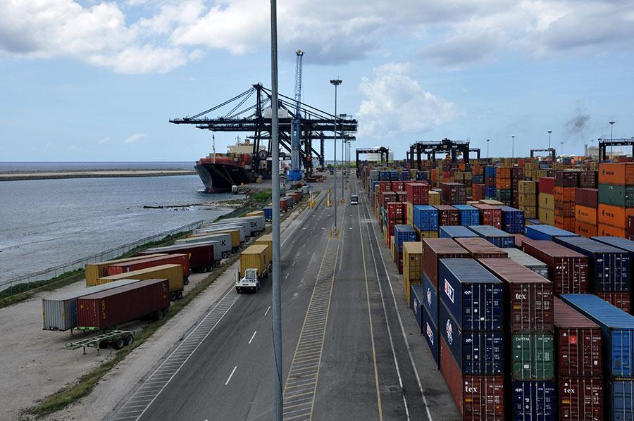 República Dominicana cuenta con instalaciones portuarias adecuadas.